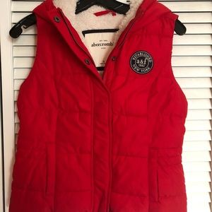 Abercrombie & Fitch jacket vest red